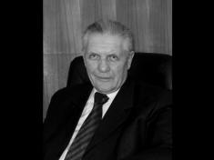5 января 2021 г. на 88-м году из жизни ушел почетный председатель Всероссийского общества автомобилистов Карлов Анатолий Маркович