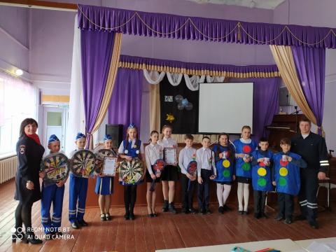 """В Омской области в Исилькульском районе прошло мероприятие под названием  """"Всё начинается с ЮИД"""""""